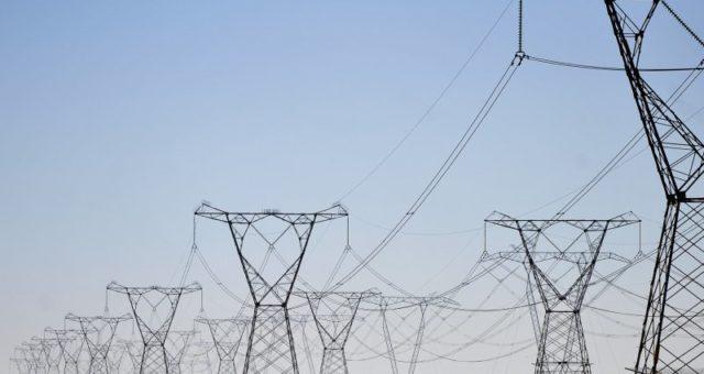 Mais de 1.700 cooperadosficam sem energia por falha no fornecimento da supridora