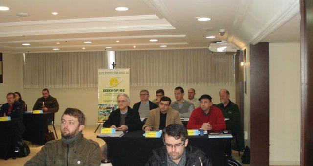 Curso sobre projeções econômico-financeiras capacita técnicos