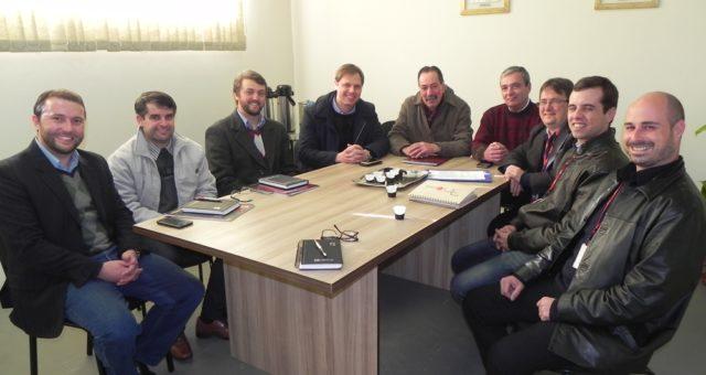 Secretário de Minas e Energia e Direção da CEEE reuniram-se na CERTAJA